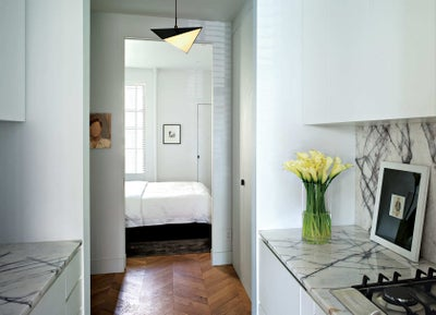 West village apartment by ash nyc for Minimalist apartment nyc