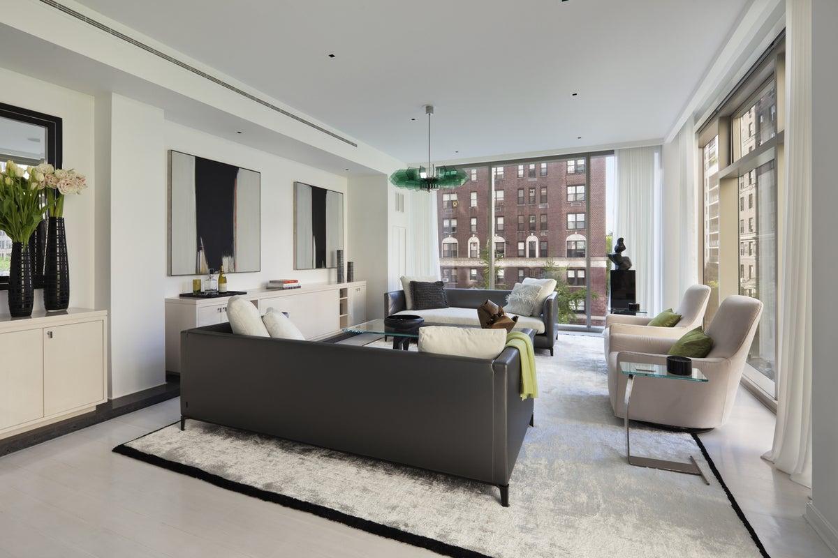 Modern Living Room in New York, NY by Jennifer Post Design ...