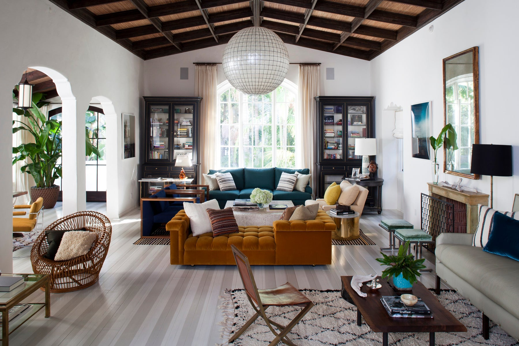 1stdibs: Antiques, Vintage And Mid-Century Modern