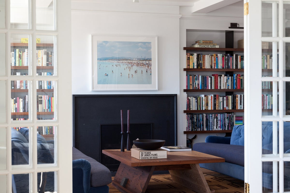 Eclectic living room in new york ny by ashe leandro for The family room troy ny