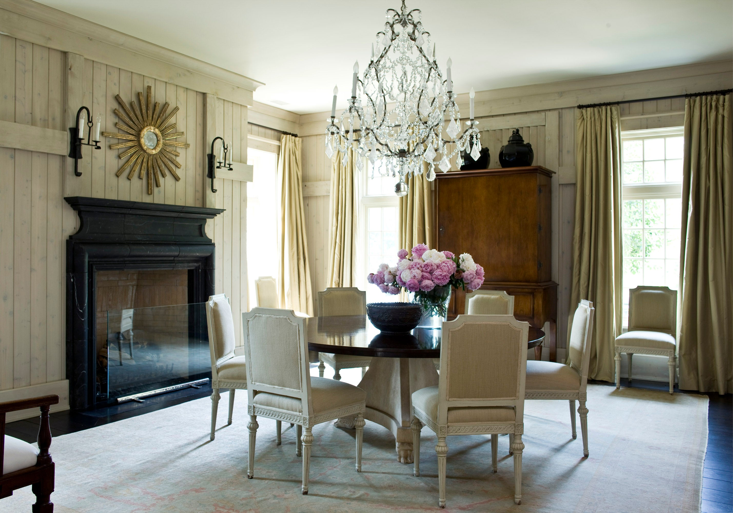 Dining Room In United States By Suzanne Kasler Interiors