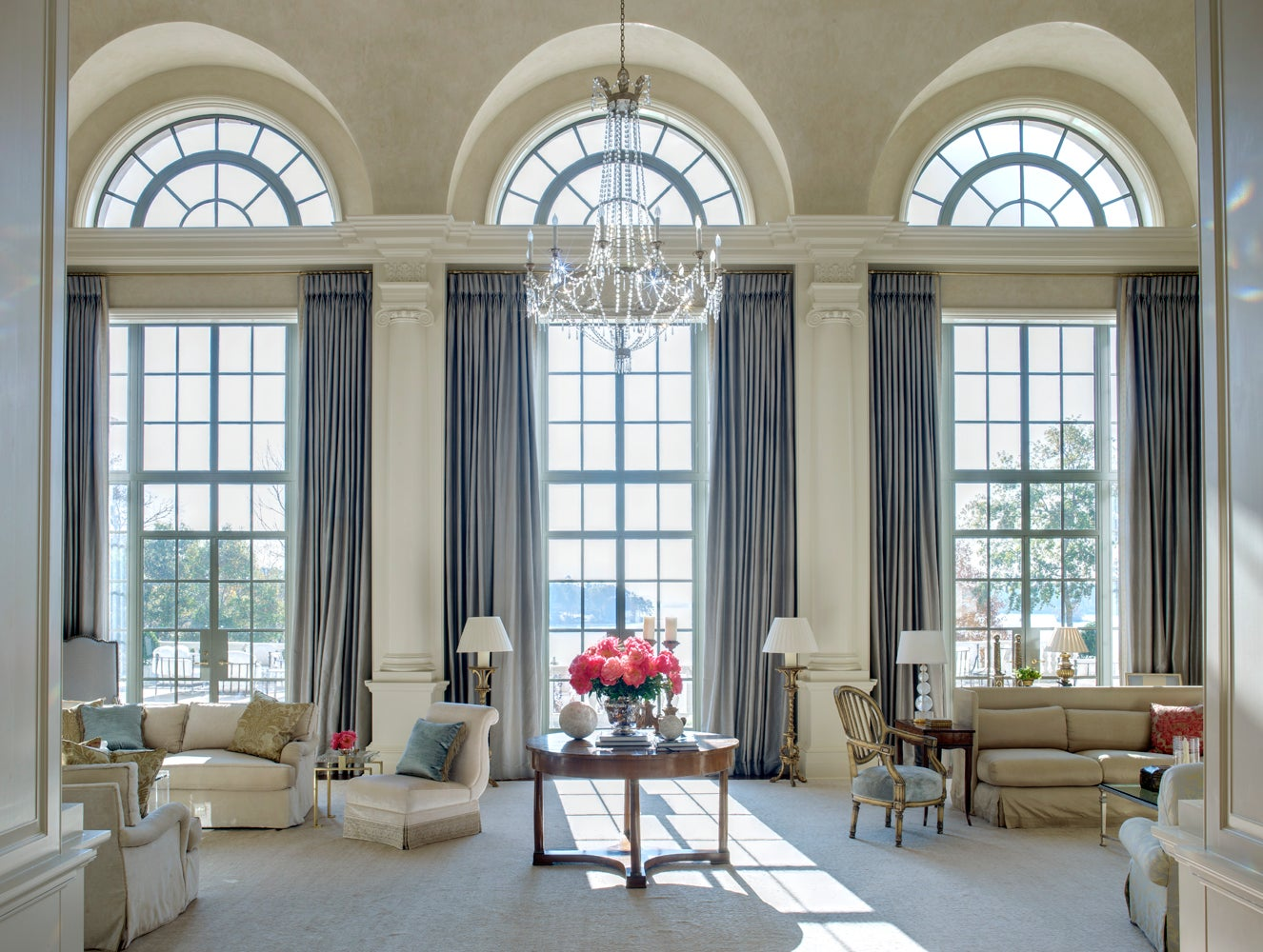 Glamour. Family Home By Suzanne Kasler Interiors ...