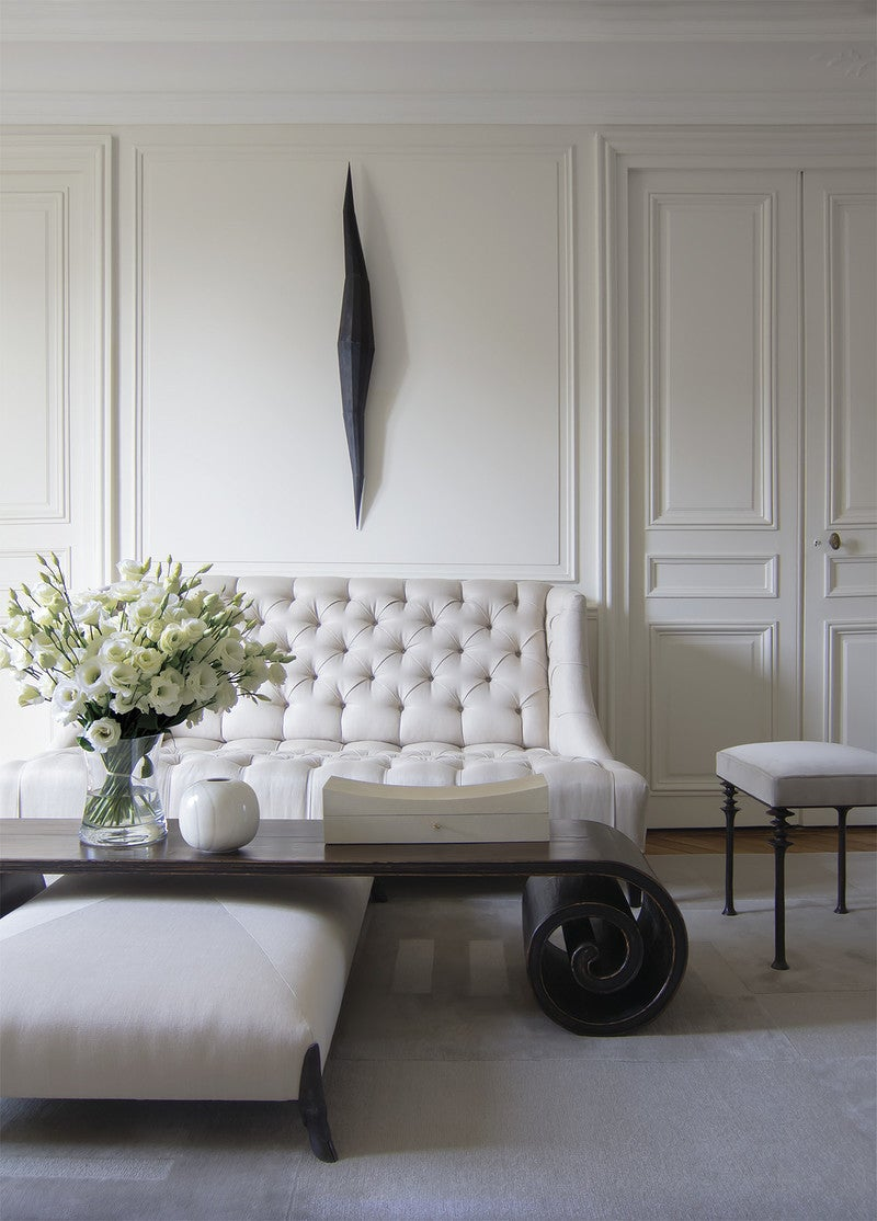 Classic Living Rooms Interior Design: Modern Living Room In Paris, FR By Thomas Pheasant Interiors