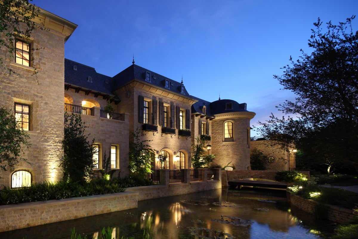 TGBE Residence By Landry Design Group, Inc