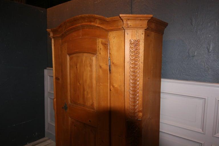 Provincial Cabinet Made of Pine, Empire Period circa 1820 For Sale 4