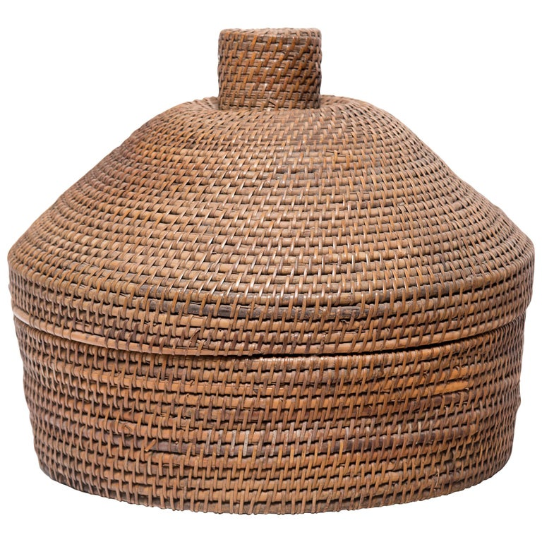 Provincial Chinese Woven Summer Hat Box, circa 1850 For Sale
