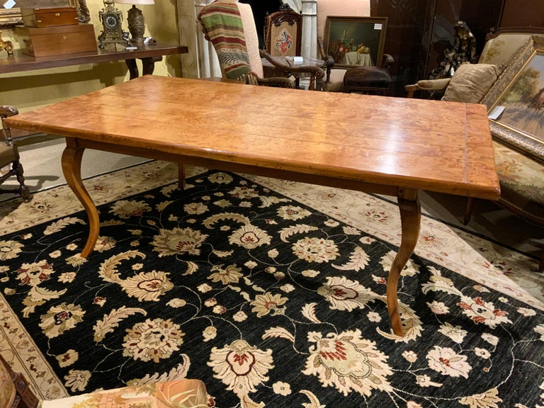 Provincial Louis XV Style Burl Elm and Fruitwood Farm Table In Excellent Condition For Sale In Houston, TX