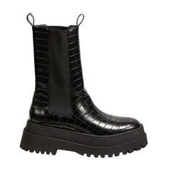 Public Desire Embossed Black Leather Platform Women Boots (40 EU)