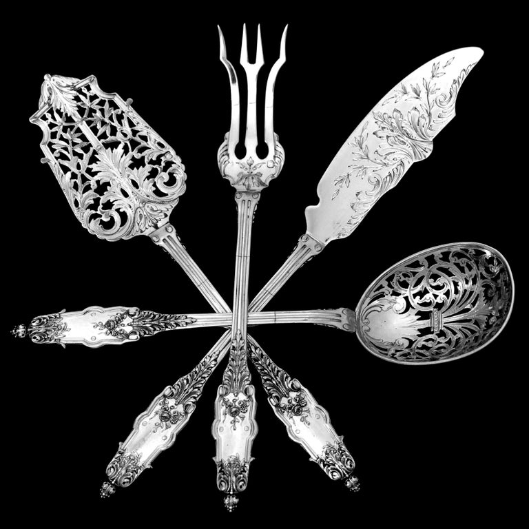 Puiforcat Rare French Sterling Silver Dessert Hors D'oeuvre Set, Box, Acanthus In Excellent Condition For Sale In TRIAIZE, PAYS DE LOIRE
