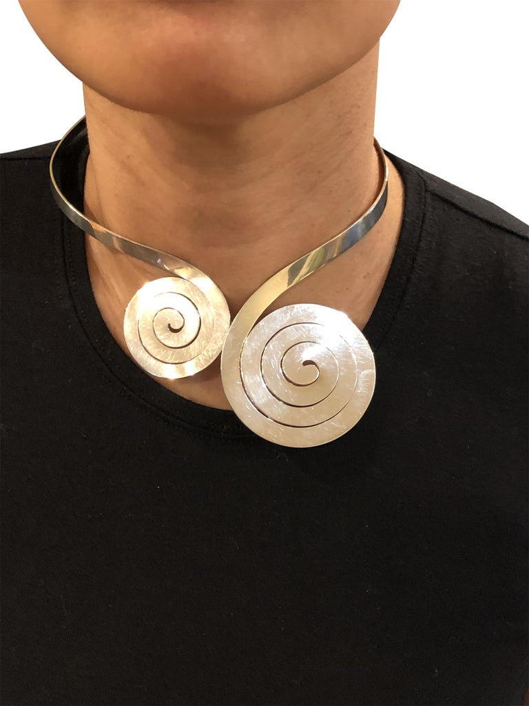 Puig Doria Large Midcentury Sterling Necklace In Excellent Condition For Sale In Chicago, IL