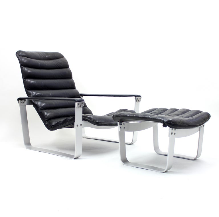 Space Age Pulkka Lounge Chair with Ottoman by Ilmari Lappalainen for ASKO, 1960s For Sale