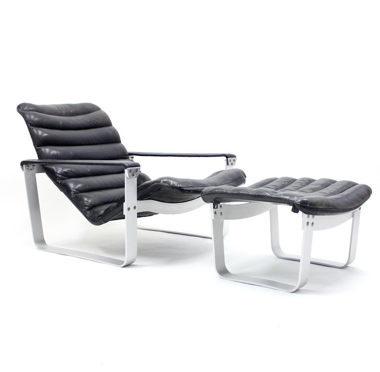 Finnish Pulkka Lounge Chair with Ottoman by Ilmari Lappalainen for ASKO, 1960s For Sale
