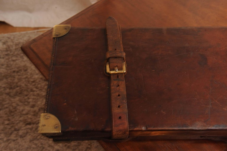 Purdey & Sons 'Royal Warrant' Victorian Leather and Brass Shotgun Case For Sale 2