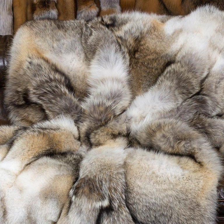 Canadian Pure Coyote Fur Plaid with Cashemire For Sale