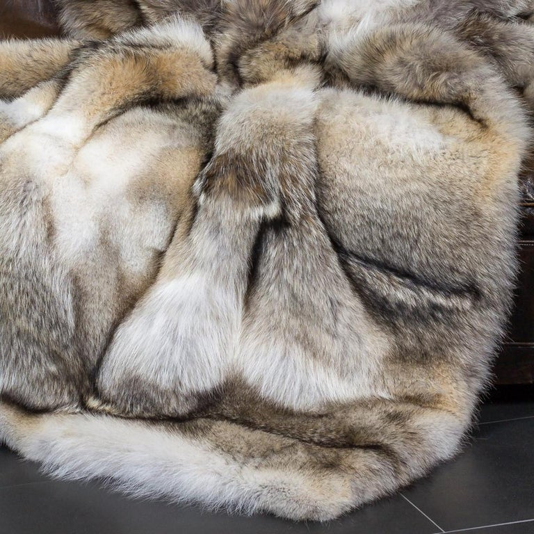 Hand-Crafted Pure Coyote Fur Plaid with Cashemire For Sale