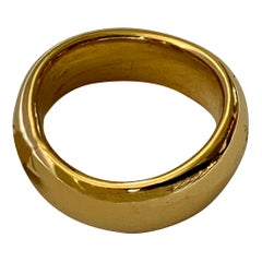 Pure Simplicity 18 Karat Yellow Gold Ring Pomellato