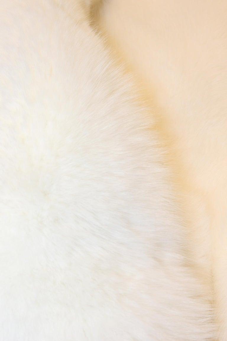 Pure White Scandinavian Fox Fur Plaid with Cashemire For Sale 1