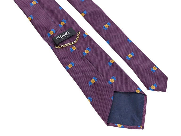 Chanel Purple Silk Patterned Tie In Good Condition For Sale In New York, NY