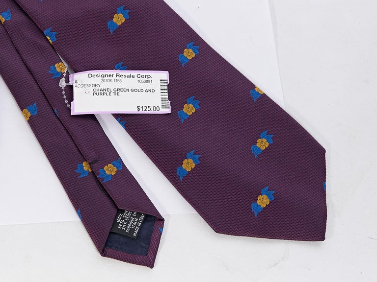 Chanel Purple Silk Patterned Tie For Sale 1
