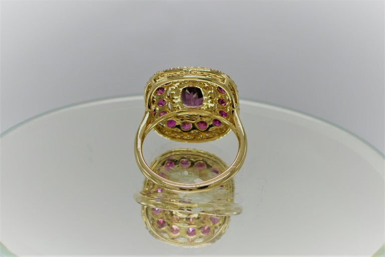 Purple Spinel Ring and Ruby, 14 Karat Rose Gold Cushion Shape Spinel 2.40 Carat For Sale 3