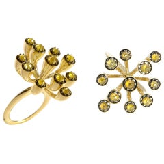 Put Comparisons to Grave with Contemporary One of a Kind Yellow Diamond Ring