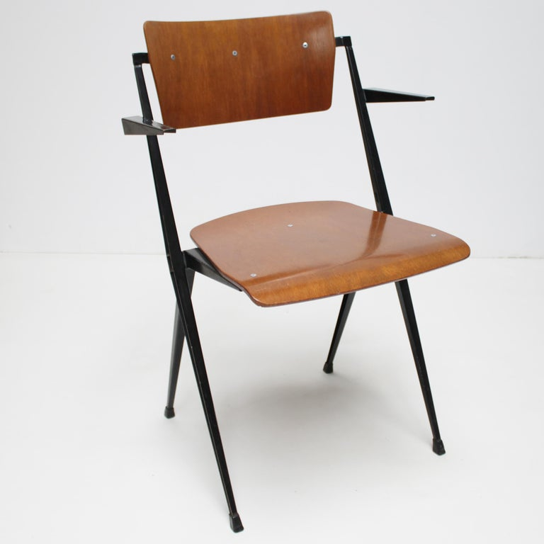 Mid-Century Modern Pyramid Armchair by Wim Rietveld for De Cirkel For Sale