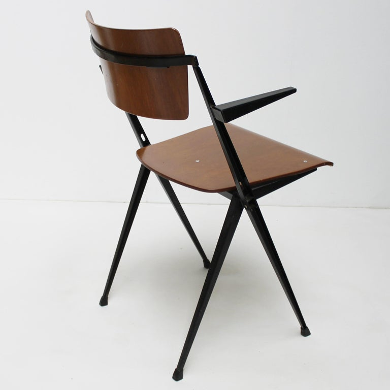 Lacquered Pyramid Armchair by Wim Rietveld for De Cirkel For Sale