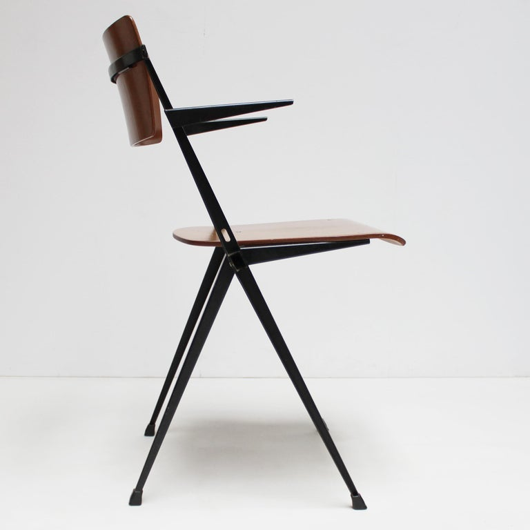 Plywood Pyramid Armchair by Wim Rietveld for De Cirkel For Sale