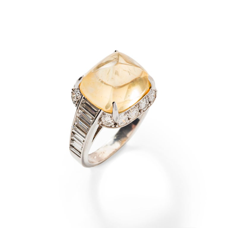 Pyramidal Cabochon Yellow Sapphire and Diamond Ring 'No heat' In Excellent Condition For Sale In Boston, MA