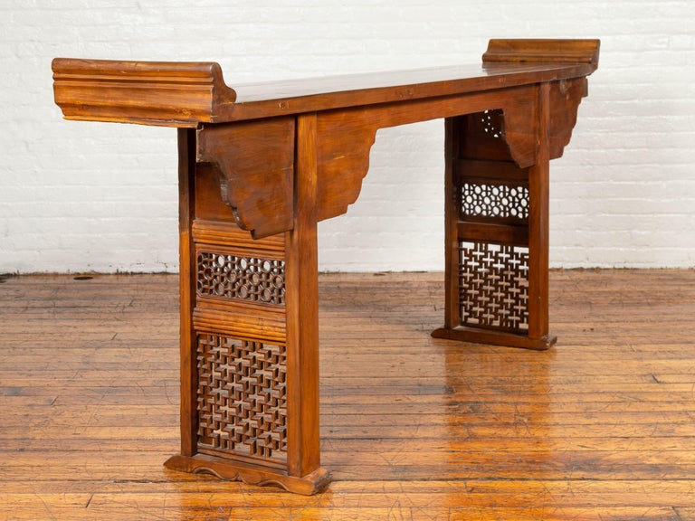 Qing Dynasty Altar Table with Bamboo Accents, Fretwork and Everted Flanges For Sale 7