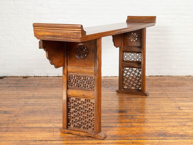 Qing Dynasty Altar Table with Bamboo Accents, Fretwork and Everted Flanges In Good Condition For Sale In Yonkers, NY