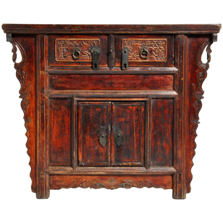 Qing Dynasty Chinese Butterfly Cabinet with Original Patina For Sale