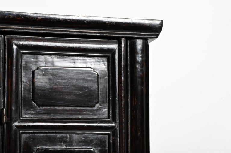 Qing Dynasty Clothing Cabinet with Four Drawers For Sale 5