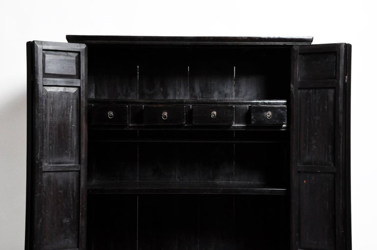 Qing Dynasty Clothing Cabinet with Four Drawers For Sale 8