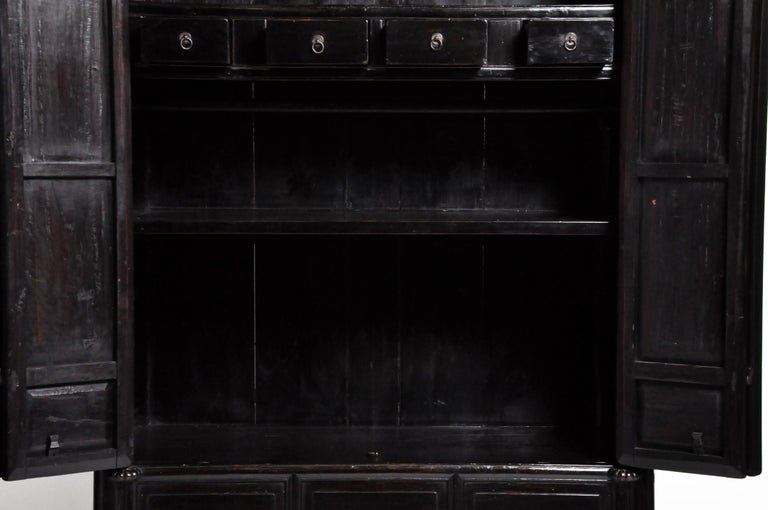 Qing Dynasty Clothing Cabinet with Four Drawers For Sale 9