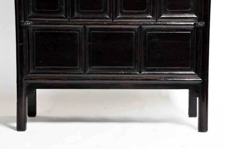 Qing Dynasty Clothing Cabinet with Four Drawers For Sale 3