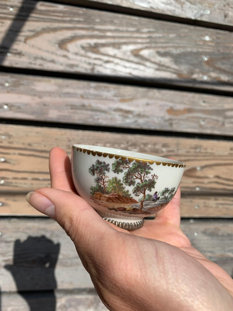 Late 19th Century Qing Dynasty Landscape Small Cup, Signed Z, China For Sale