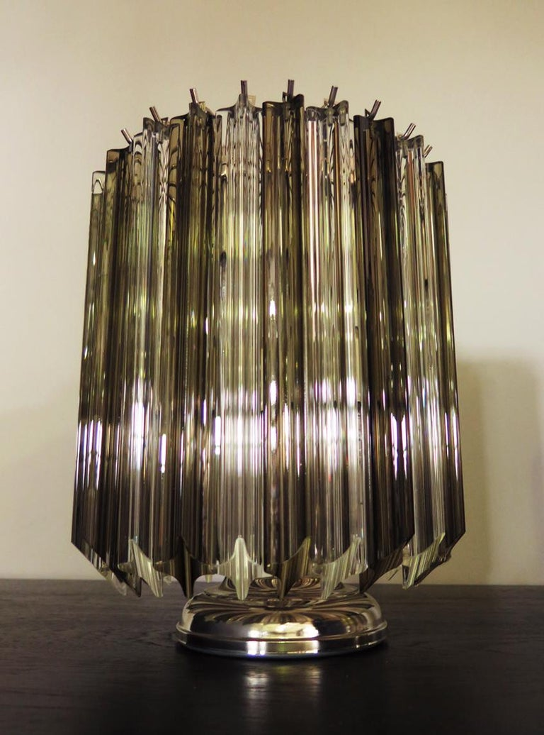 Mid-Century Modern Quadriedri Table Lamp, Venini Style, Transparent and Smoked Prism For Sale