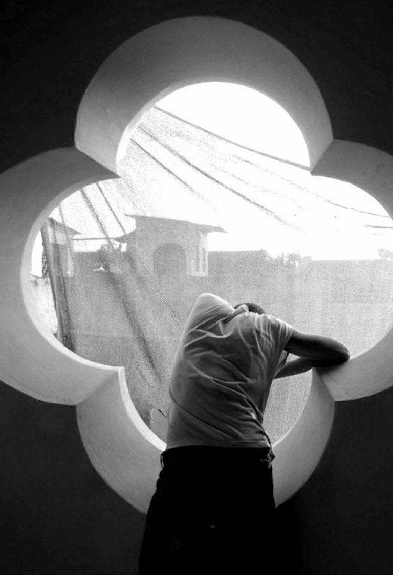 Quadrifolio - Ventana by Kiko Kairuz  Black and white archival pigment print Image size: 31.5 in. H x 51 in. W Edition 3/10  Available in additional sizes and editions  Extra small size: 13.7 in. H x 17.7 in. W, Edition of 10 Small size: 23.5