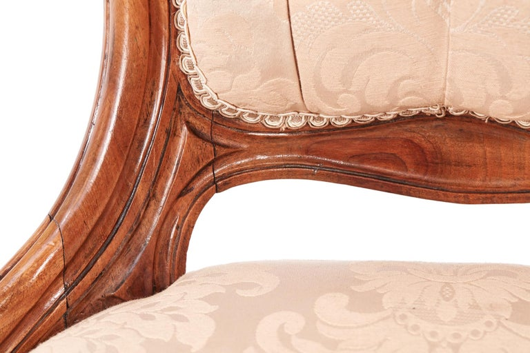 Quality Victorian Carved Walnut Ladies Chair For Sale 1