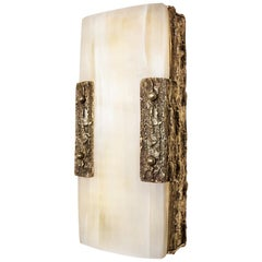 Quantum Wall Lamp Bronze and Selenite