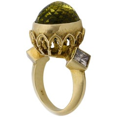 9 Karat Yellow Gold Gothic Arch Lemon Quartz and Diamond Ring