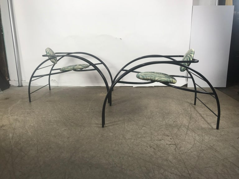 Quebec 69 Spider Chairs, Les Amisco Memphis Style, Space Age In Good Condition For Sale In Buffalo, NY