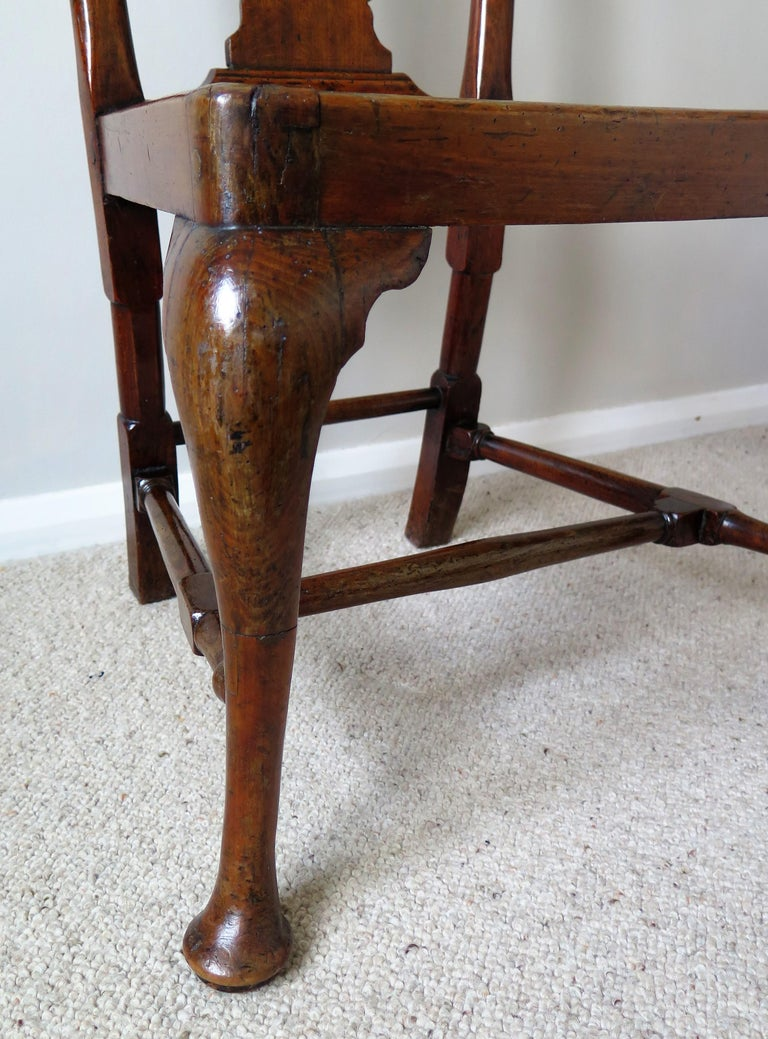 Queen Anne Period Walnut Chair Cabriole Legs and Stretchers, English, circa 1700 For Sale 9