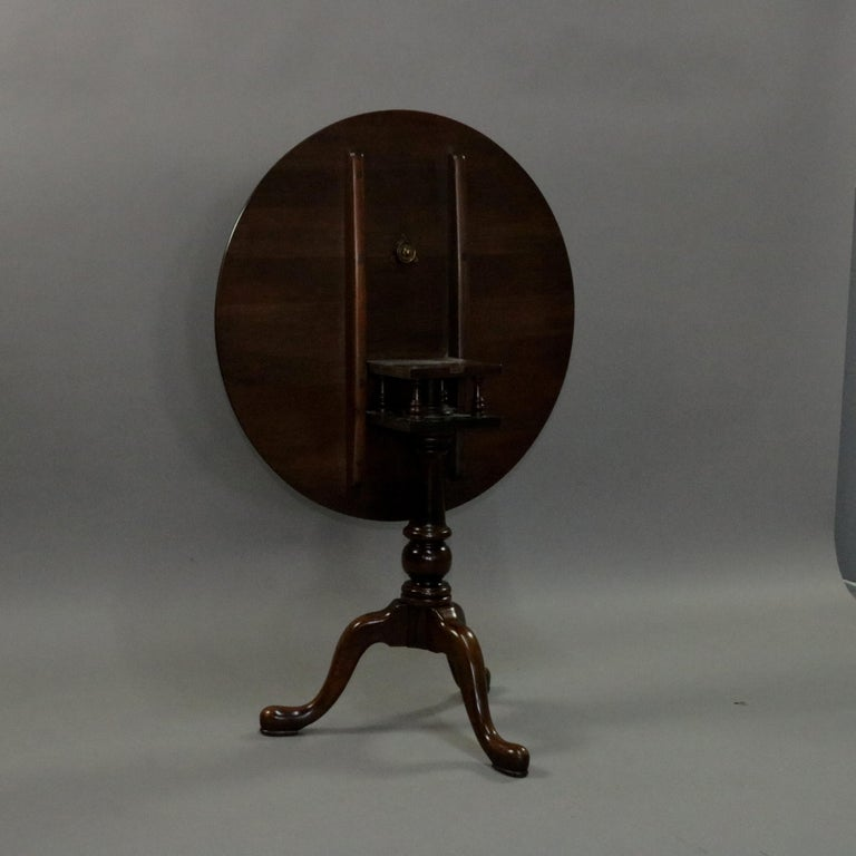 Queen Anne Style Mahogany Birdcage Tilt Top Table, 20th Century For Sale 3