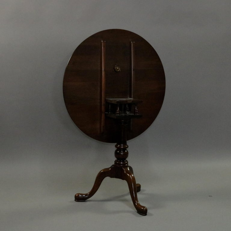 Queen Anne Style Mahogany Birdcage Tilt Top Table, 20th Century For Sale 4