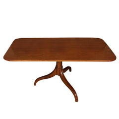 Queen Anne Style Pedestal Dining Table