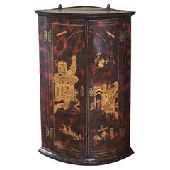 Queen Anne to George I Red and Black Japanned Chinoiserie Corner Cupboard