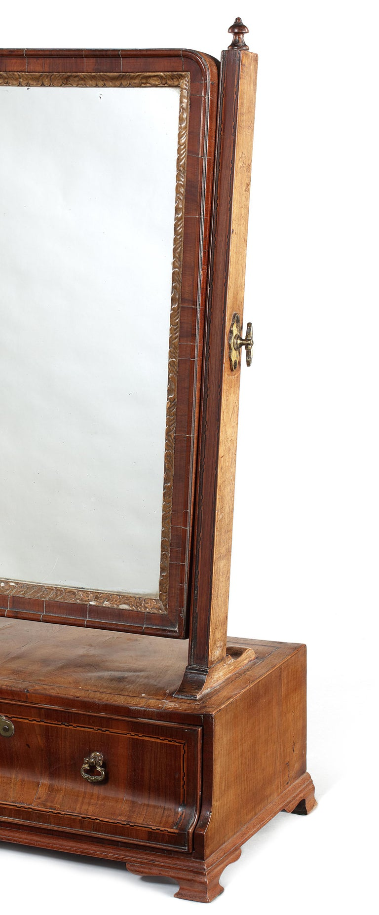 British 18th Century Queen Anne Walnut and Chequerbanded Toilet Mirror For Sale