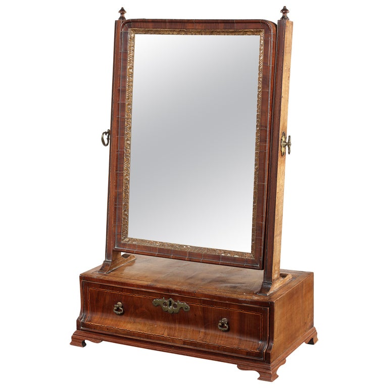 18th Century Queen Anne Walnut and Chequerbanded Toilet Mirror For Sale